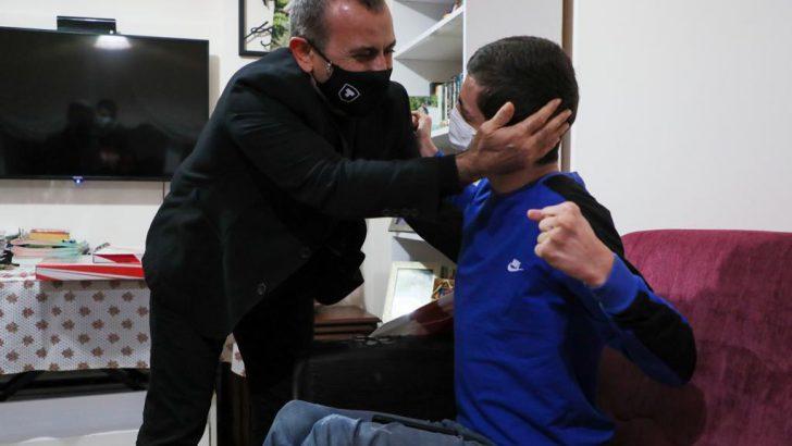 Vali Sonel, Engelli Gencimizin İsteğini Yerine Getirdi